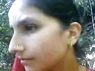 डेनिएला हिंदी बीएफ फुल एचडी मूवी एक गंदा फूहड़ है जिसमें वह एक मुर्गा प्यार करती है