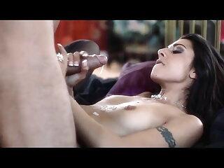 क्यूकोल्ड ने एक शानदार वीडियो सेक्सी पिक्चर मूवी फुल एचडी पत्नी और बीबीसी बनाया