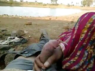 बूढ़े आदमी के साथ फुल सेक्सी मूवी हिंदी में जवान औरत
