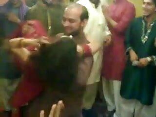 पत्नी स्वैप हिंदी सेक्सी फुल मूवी वीडियो