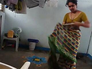 TRIXIE हिंदी में सेक्सी वीडियो फुल मूवी डीपी क्रीम्पी