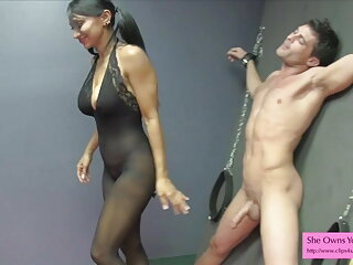 मैडिसन रोज ने किसी न किसी गुदा मैथुन चुदाई के लिए सेक्सी फिल्म वीडियो फुल उसकी रसीली गांड को तेल लगाया