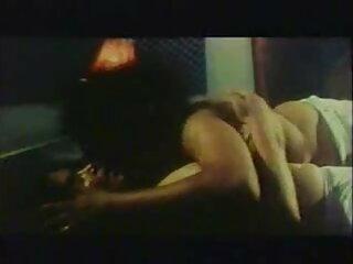 वह क्या करता है जानने सेक्सी फिल्म फुल मूवी वीडियो एचडी वाली पतली किशोर