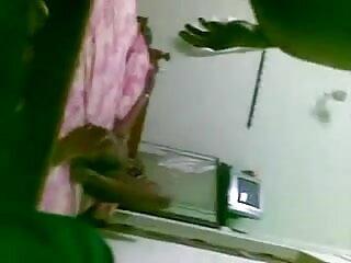 बस्टी ब्रुनेट को उसकी पुसी के साथ अकेले खेलना पसंद है सेक्सी फिल्म फुल सेक्सी फिल्म