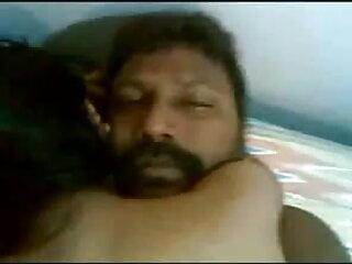 चाचा जेब - एक लड़की के साथ सेक्सी मूवी हिंदी में फुल एचडी चश्मा # 1