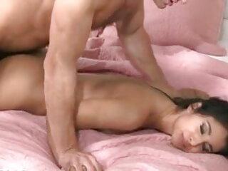 गर्म लड़की मुट्ठी सेक्सी वीडियो एचडी फुल मूवी