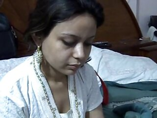 शरद और एंजेल एक बड़ा डिल्डो सेक्सी मूवी हिंदी में फुल एचडी साझा करते हैं