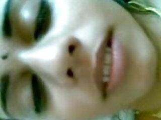 उस सेक्सी फिल्म वीडियो फुल एचडी आबनूस लड़की की पिटाई