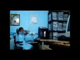 फिलीपिना गुड़िया ने आने फुल मूवी वीडियो में सेक्सी से थोड़ा गंदा छोड़ दिया
