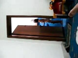लंबे बालों वाली गोरी हिंदी सेक्सी वीडियो फुल मूवी एचडी टॉपलेस वर्कआउट करती है और अपना माल दिखाती है